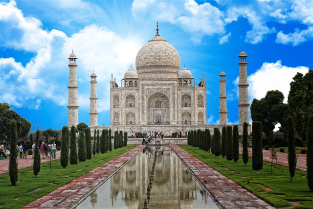 very famous indian monument taj mahal background