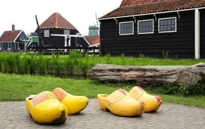 הולנד - כפכפים מעץ